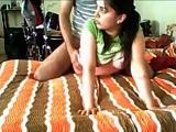 Follando a Sarai, una nena viciosa de solo 19 años