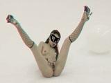Preciosa jovencita delgada exibiendo su cuerpo en 3D