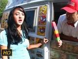 Morenita muy puta se folla al vendedor del carrito de helados